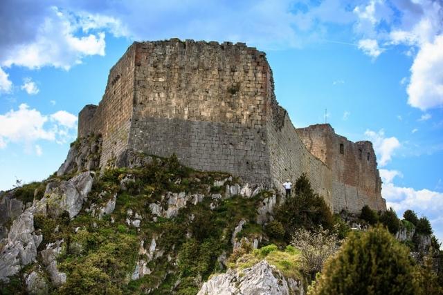 L'imposant château de Montségur