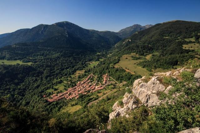 Le village de Montségur vu du château
