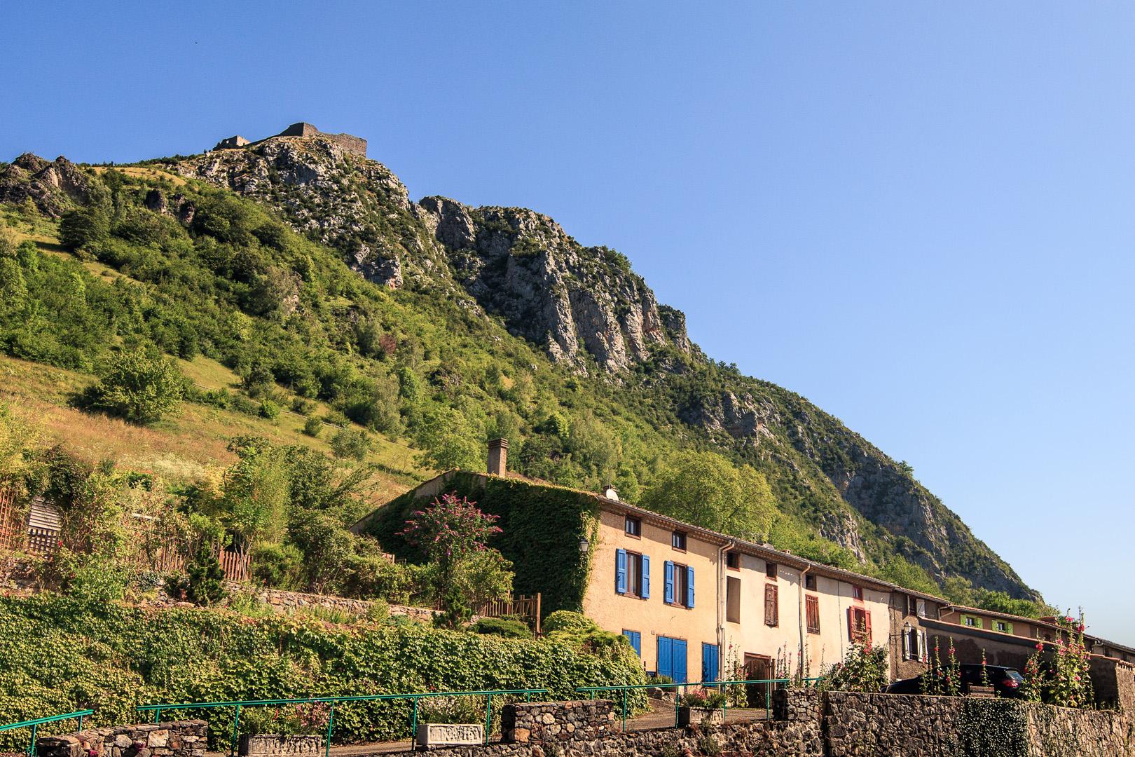 Château de Montségur vu du village
