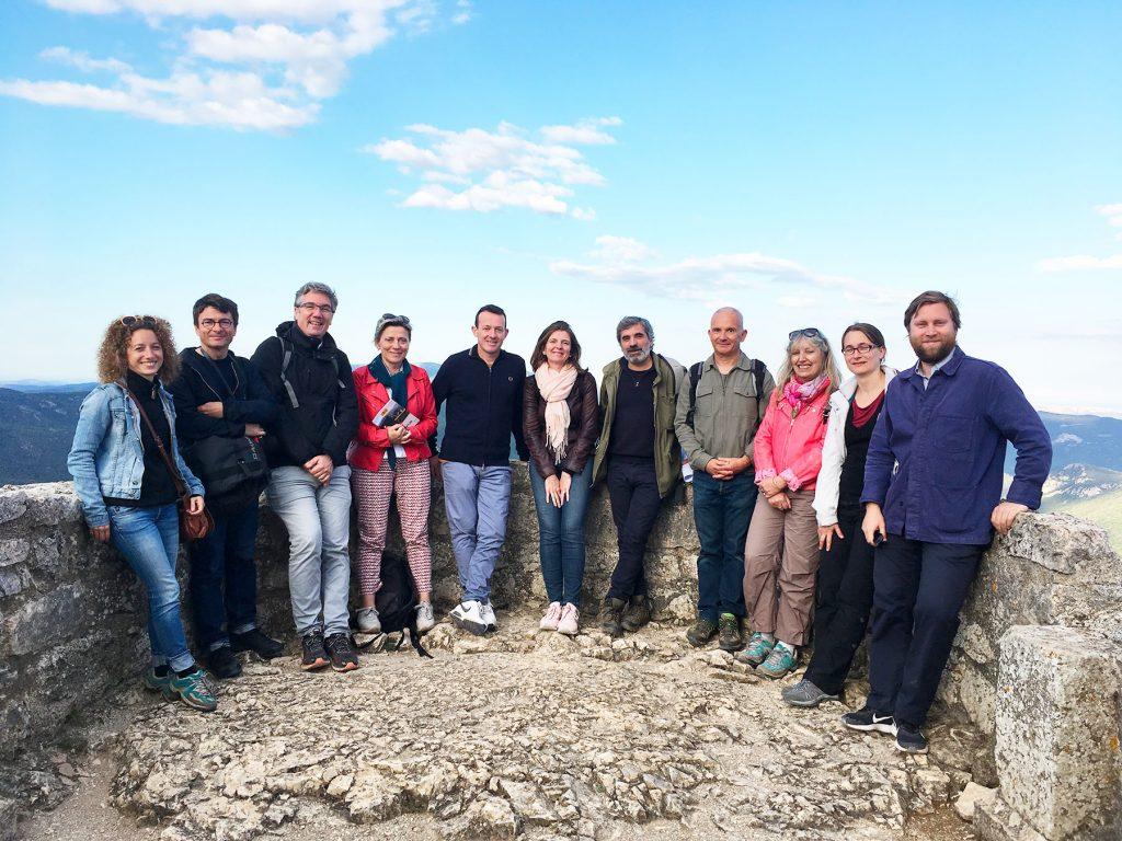 Photo de groupe de l'accueil une délégation de l'association des biens français.